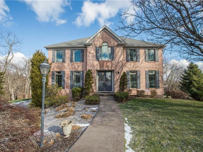 1481253 | 2114 Farm View Drive Coraopolis 15108 | 2114 Farm View Drive 15108 | 2114 Farm View Drive Moon Crescent Twp 15108:zip | Moon Crescent Twp Coraopolis Moon Area School District